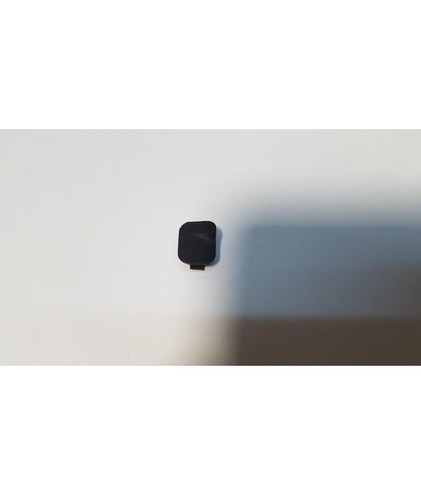 Заглушка в ручке закрывания дверей правая